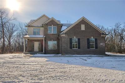 Single Family Home For Sale: 59362 Deer Haven Drive
