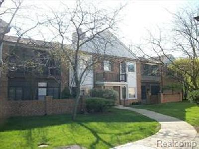 Grosse Ile, Gross Ile, Grosse Ile Twp Condo/Townhouse For Sale: 8449 Mathias Dr