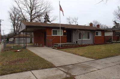 Livonia Single Family Home For Sale: 14678 Auburndale Street