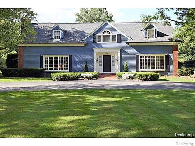 Bloomfield Hills Single Family Home For Sale: 740 Lone Pine Road