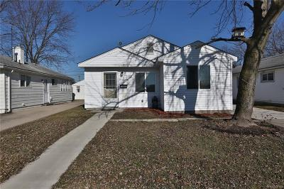 Allen Park, Lincoln Park, Southgate, Wyandotte, Taylor, Riverview, Brownstown Twp, Trenton, Woodhaven, Rockwood, Flat Rock, Grosse Ile Twp, Dearborn, Gibraltar Single Family Home For Sale: 11892 Garfield Street