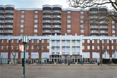 Birmingham Condo/Townhouse For Sale: 411 S Old Woodward Avenue #812