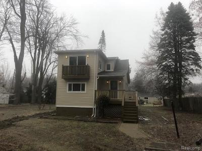 Harrison Twp Single Family Home For Sale: 27021 Hickler Lane