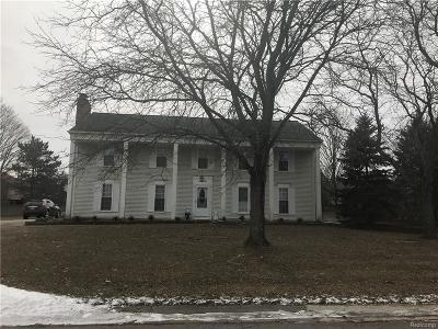West Bloomfield Single Family Home For Sale: 5305 N Langlewood Drive N