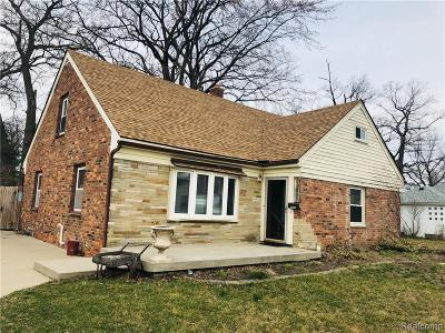 Hazel Park Single Family Home For Sale: 23721 Battelle Avenue