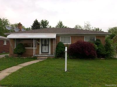Dearborn Heights Single Family Home For Sale: 20415 Fairview Drive