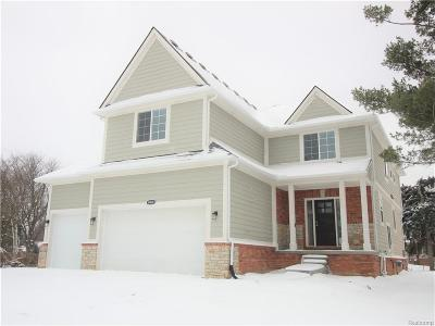 Shelby Twp MI Single Family Home For Sale: $424,900