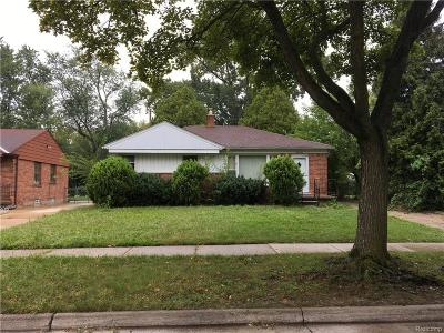 Oakland County Single Family Home For Sale: 24241 Ridgedale Street
