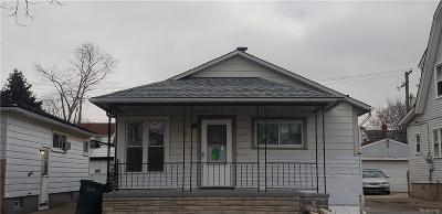Lincoln Park Single Family Home For Sale: 1325 Wilson Avenue