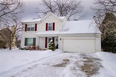 Rochester Single Family Home For Sale: 594 Whitney Drive