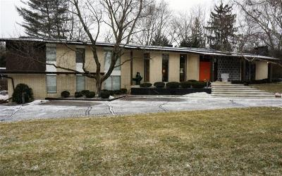 Bloomfield Twp Single Family Home For Sale: 1225 Stuyvessant Road