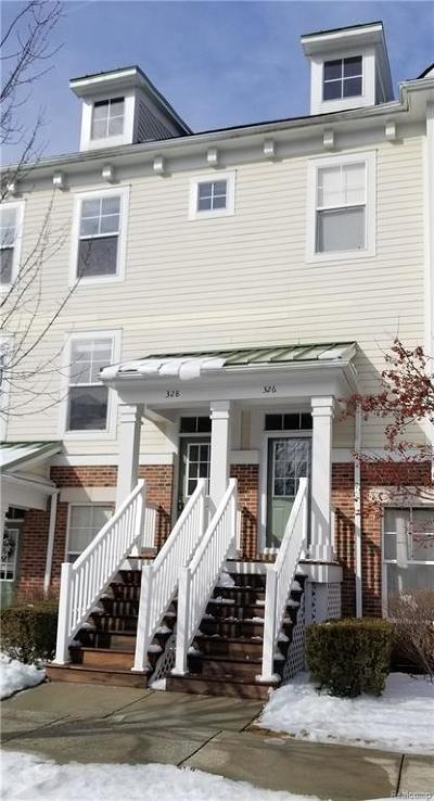 Plymouth Condo/Townhouse For Sale: 328 Red Ryder Drive