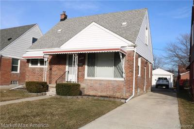 Macomb County Single Family Home For Sale: 27934 Grant Street