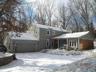 Lake Orion, Orion Twp, Clarkston, Independence Twp, Oxford Single Family Home For Sale: 8299 Fawn Valley Circle W