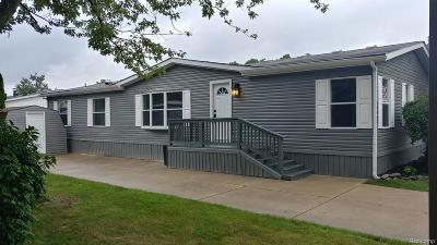 Shelby Twp MI Single Family Home For Sale: $96,900