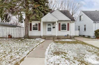 Dearborn Single Family Home For Sale: 24825 Hickory Street