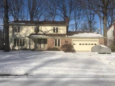 Genesee County Single Family Home For Sale: 1718 Lynbrook Drive