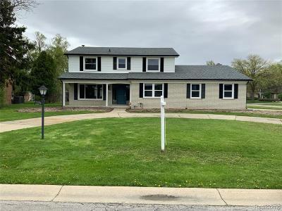 Southfield MI Single Family Home For Sale: $369,900