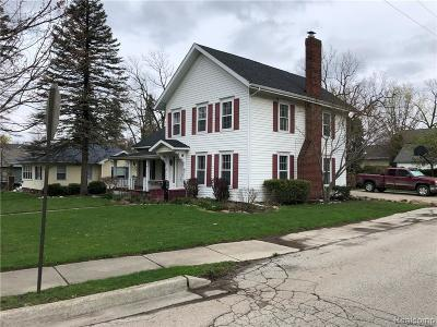 Fenton MI Single Family Home For Sale: $189,000