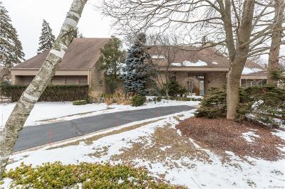 Bloomfield Twp Single Family Home For Sale: 3830 Glen Falls Drive