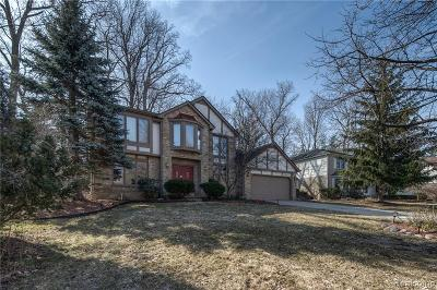 Farmington Hills Single Family Home For Sale: 37569 Emerald Forest Drive