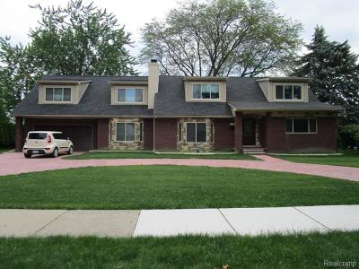 Dearborn Single Family Home For Sale: 536 Brentwood Drive