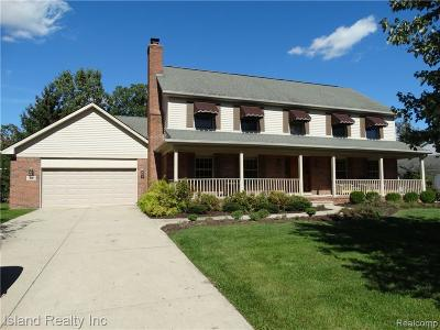 Grosse Ile, Grosse Ile Twp Single Family Home For Sale: 8838 Marquette Drive