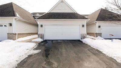 South Lyon Condo/Townhouse For Sale: 61007 Evergreen Court