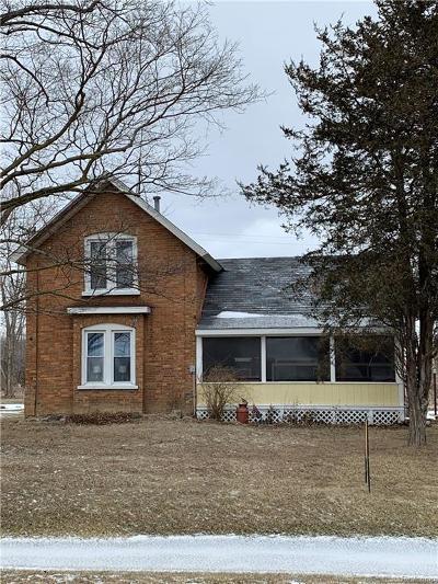 Single Family Home For Sale: 658 Davis Lake Road