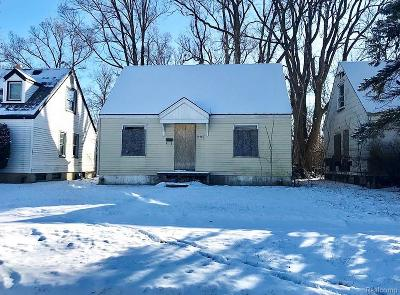 Macomb County, Oakland County, Wayne County Single Family Home For Sale: 19924 Lindsay Street
