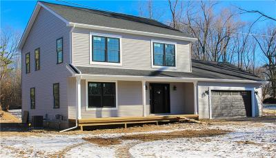 Oxford Single Family Home For Sale: 98 N Baldwin Road N