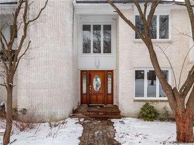 Bloomfield Twp Single Family Home For Sale: 1774 Golf Ridge Drive S