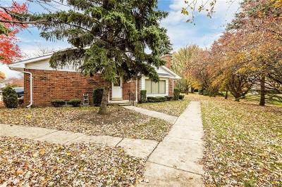 Clinton Twp Condo/Townhouse For Sale: 42212 Toddmark Lane