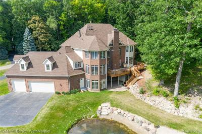 Single Family Home For Sale: 7553 Deerhill Drive