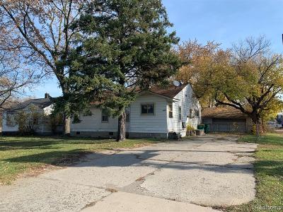 Romulus Single Family Home For Sale: 6845 Middlebelt Road