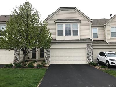 Holly Twp Condo/Townhouse Sold: 521 Dockside Circle