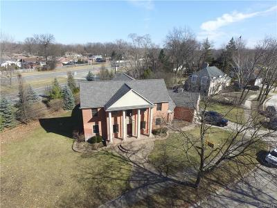 Allen Park, Lincoln Park, Southgate, Wyandotte, Taylor, Riverview, Brownstown Twp, Trenton, Woodhaven, Rockwood, Flat Rock, Grosse Ile Twp, Dearborn, Gibraltar Single Family Home For Sale: 21760 Wildwood Street