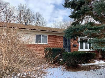 Romulus Single Family Home For Sale: 6735 Gloria Street
