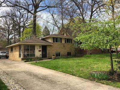 Royal Oak Single Family Home For Sale: 510 Detroit Avenue