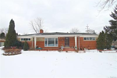 Farmington Hills Single Family Home For Sale: 27850 Bayberry Road