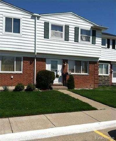 Clinton Twp Condo/Townhouse For Sale: 20083 Abrahm Street