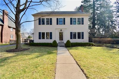 Grosse Pointe Single Family Home For Sale: 488 University Pl