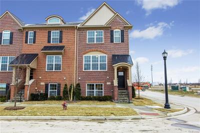 Northville Condo/Townhouse For Sale: 47702 Leland Drive #64