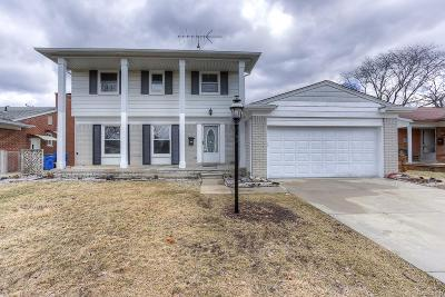 Dearborn Heights Single Family Home For Sale: 1250 Sherbourne Drive