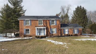 Bloomfield Twp Single Family Home For Sale: 793 Foxhall Road