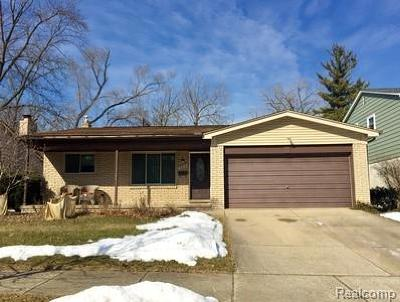 Royal Oak Single Family Home For Sale: 509 Melody Court