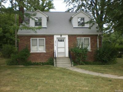 West Bloomfield Twp Single Family Home For Sale: 2010 Walnut Lake Road