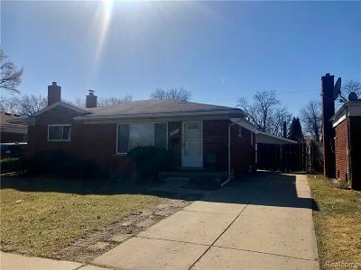Madison Heights MI Single Family Home For Sale: $174,900