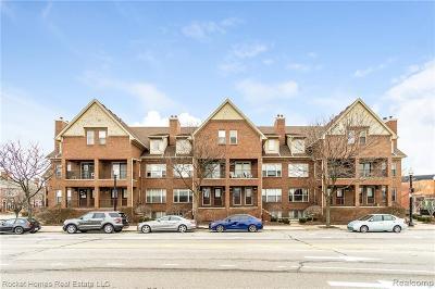 Royal Oak Condo/Townhouse For Sale: 1439 S Washington Avenue #111