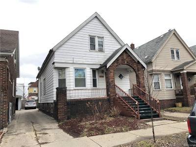Hamtramck Single Family Home For Sale: 2722 Yemans Street